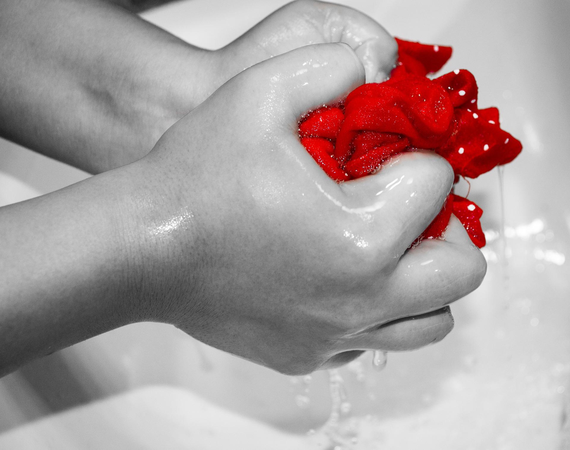 Lavado de mascarilla a mano