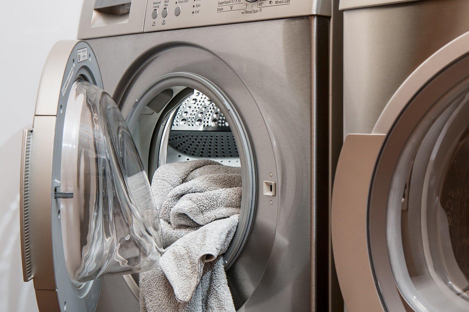 Lavado de mascarillas con lavadora